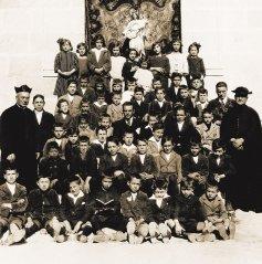 Orense_1913_1914_Grupo_de_ninas_y_ninos.jpg